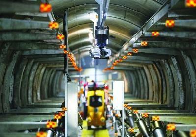全国首个基于泛在电力物联网理念的人工智能高压电缆隧道——220千伏宁莫线电缆隧道,完成升级改造投入运行。南报融媒体记者 徐琦摄