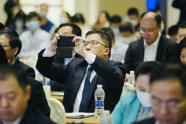 南京市新基建项目发布暨投资对接会现场。南报融媒体记者 邓建鹰 摄