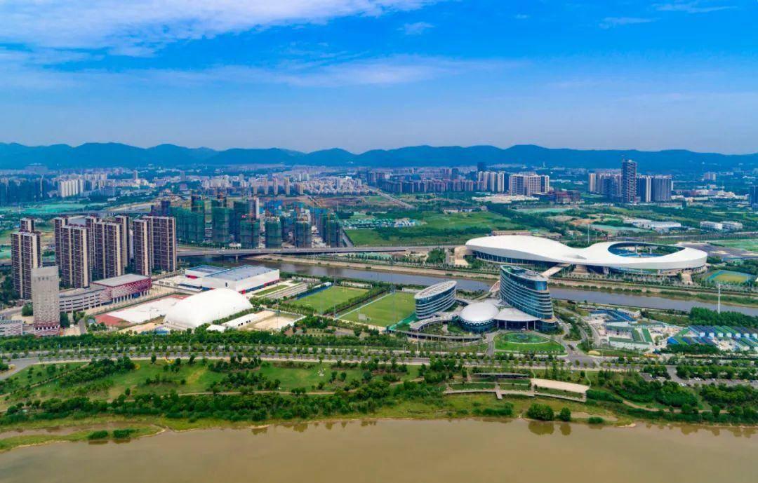 鸟瞰江北新区。南报融媒体记者 崔晓摄