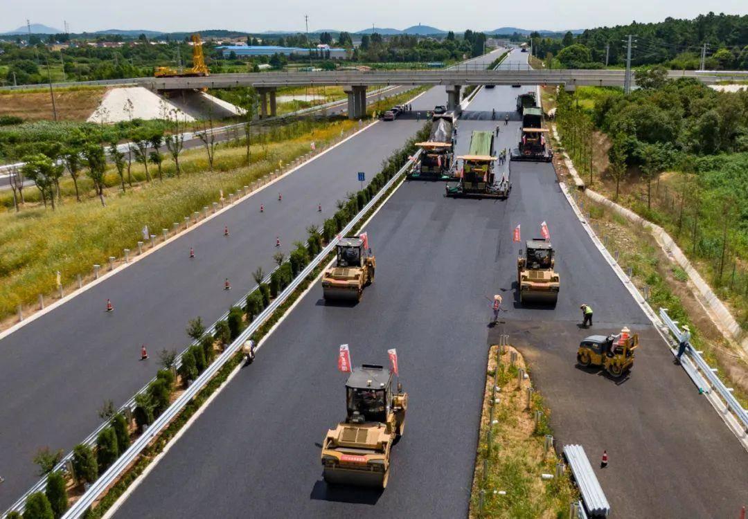 建设中的溧高高速南京段。南报融媒体记者 徐琦摄