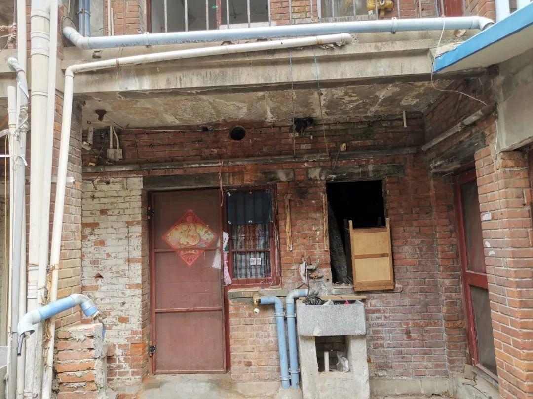 御河新村的危房。南報融媒體記者 馬金攝